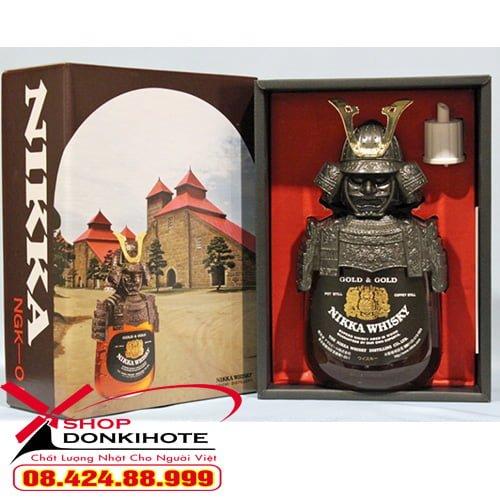 Rượu nikka wisky samurai 720ml có hộp giấy bọc ngoài